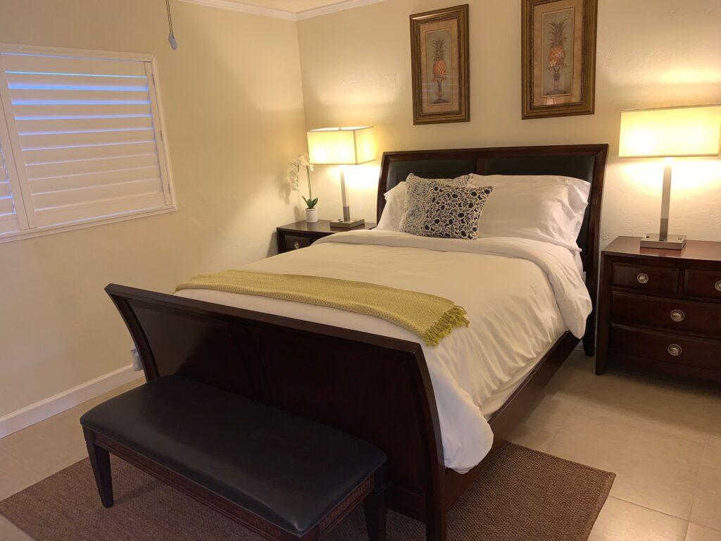Unit 3 - Plush Queen Size bed
